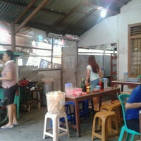 Photo taken at mie bakso tante broot by christian k. on 2/15/2013