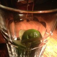 รูปภาพถ่ายที่ Tandem Pub โดย Alenis E. เมื่อ 5/25/2013