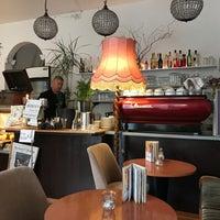 Das Foto wurde bei CAFÉ gestern, heute & morgen von Andreas S. am 9/8/2017 aufgenommen