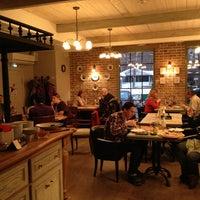 2/2/2013 tarihinde Anna R.ziyaretçi tarafından Casa di Famiglia'de çekilen fotoğraf