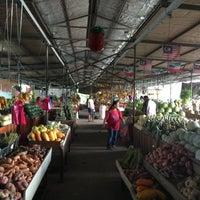 Photo taken at Bundusan Fruit & Vege Wholesale Market by Jon rui T. on 5/21/2013
