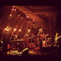 Photo prise au Crystal Ballroom par Monty . le10/5/2012