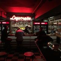 Photo prise au Genuine Liquorette par Nate F. le3/24/2016