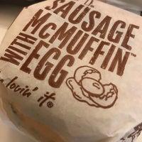 Foto scattata a McDonald's / McCafe da Joash L. il 5/25/2018