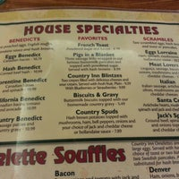 Photo taken at Holder's Country Inn by Miss Che on 2/18/2013