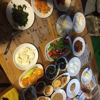 12/3/2017 tarihinde Gizem T.ziyaretçi tarafından Saray Kapı Kahvaltı & Cafe'de çekilen fotoğraf