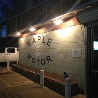 รูปภาพถ่ายที่ Maple & Motor โดย Aaron J. เมื่อ 3/12/2013