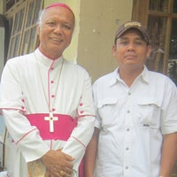 Photo taken at Gereja Peziarahan Salib Suci by Donatus Wihariyanta D. on 1/19/2014