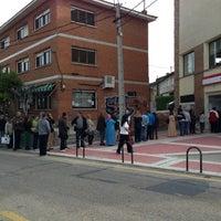 Photo taken at Oficina de empleo de la comunidad de Madrid by Eduardo P. on 5/6/2013