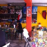 8/24/2013にGylda D.がLa Nueva Salsitaで撮った写真