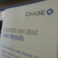 Photo taken at Chase Bank by Laura C. on 5/14/2014