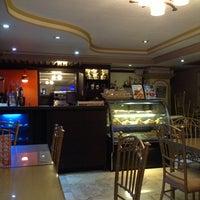3/26/2013にAlbina Irish S.がCafe Eduardoで撮った写真