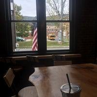 10/5/2017 tarihinde Eliza S.ziyaretçi tarafından The Windham Local'de çekilen fotoğraf