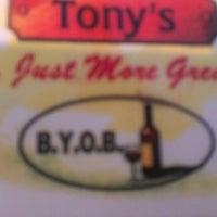 Das Foto wurde bei Tony's Pizza & Pasta von Kevin G. am 5/18/2013 aufgenommen