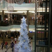 Photo taken at Bedford Centre by Yishan C.簡小瑄 on 12/24/2013