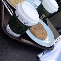 2/1/2018 tarihinde Kubra S.ziyaretçi tarafından Starbucks'de çekilen fotoğraf