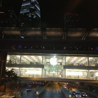 Photo taken at Apple ifc mall by Alexey S. on 4/25/2013