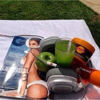Photo taken at Grand Hyatt Swimming Pool by Roy D. on 8/21/2014