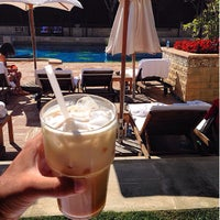 Photo taken at Grand Hyatt Poolside Cabanas by Roy D. on 8/13/2014