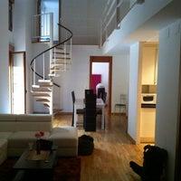 Photo taken at Elegance Valencia Apartments & Rooms by Yarik M. on 5/26/2013