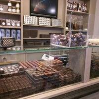 Photo taken at Chocolatier Luc Van Hoorebeke by Artem B. on 5/12/2017