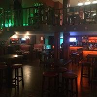 Photo prise au The Little Pub & Bistro par Yasin S. le12/26/2014