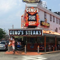 Photo taken at Geno's Steaks by Charl B. on 7/19/2013