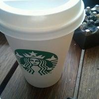 2/9/2013 tarihinde Samet A.ziyaretçi tarafından Starbucks'de çekilen fotoğraf