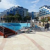 4/20/2013 tarihinde Seda A.ziyaretçi tarafından Cornelia De Luxe Resort'de çekilen fotoğraf