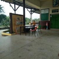 Photo taken at Samrong Thap Railway Station (SRT2261) by Warothai P. on 3/31/2018