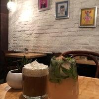 Foto tomada en Lorenzo / Café. Bar. por Eva Maria M. el 3/31/2018