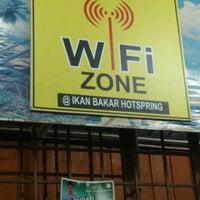 Photo taken at Hotspring Ikan Bakar by Adam H. on 2/22/2013