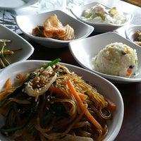 Photo taken at Huwon Restaurante Coreano by Oscar M. on 7/6/2014