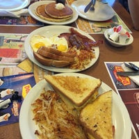 Photo taken at Denny's by Ronaldo T. on 5/13/2015