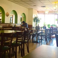 Photo taken at Pho 88 (Pho Hoa Hiep) by Wil S. on 3/24/2016