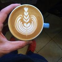 Photo taken at Mahalo Coffee Shop by Özgür G. on 3/6/2016