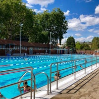 Photo prise au London Fields Lido par Michel T. le7/31/2018