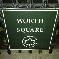 Foto diambil di Major General William Jenkins Worth Square Square oleh Francisco S. pada 6/9/2013