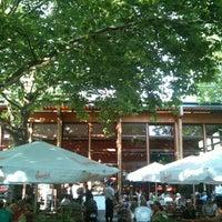 Das Foto wurde bei Parkcafé Berlin von T. B. am 7/28/2013 aufgenommen
