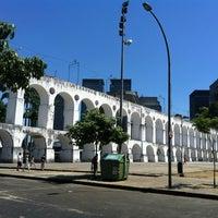 Foto tirada no(a) Arcos da Lapa por Rogério M. em 2/18/2013