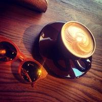 รูปภาพถ่ายที่ Two Cups Coffee โดย Mediha M. เมื่อ 8/24/2015