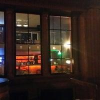 Photo prise au The Little Pub & Bistro par Arda A. le11/19/2014