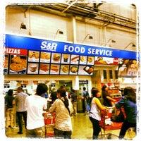 Photo taken at S&R Membership Shopping by Gilbert P. on 3/2/2013