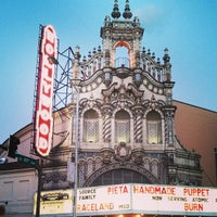 6/2/2013 tarihinde Elena M.ziyaretçi tarafından Hollywood Theatre'de çekilen fotoğraf