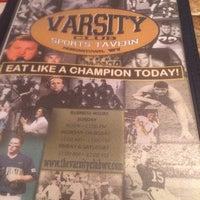 Photo taken at Varsity Club Sports Tavern by Irene L. on 7/19/2014