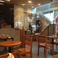 Photo taken at CAFE OLOR by Minnie L. on 11/7/2012