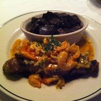 Foto scattata a Truluck's Seafood Steak & Crab da Kiyomi M. il 5/22/2013