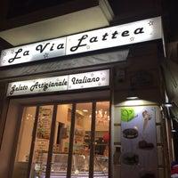 Foto tomada en Gelateria La Via Lattea por Limonova M. el 2/15/2015