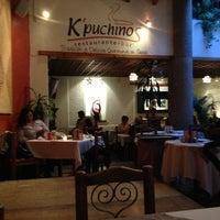 Foto tirada no(a) Kpuchinos por Cintya J em 9/1/2013