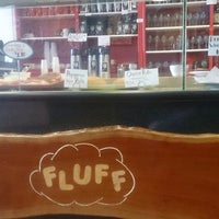 Photo taken at Fluff Bakery & Catering by Nur Shomik A. on 5/30/2017